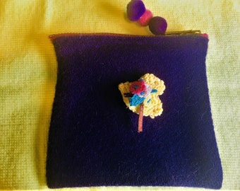 """100% wool Coin Purse 4.5 x 5"""" Bonnet embelishment and Handmade Button detail with strong metal Bright pink Zip"""
