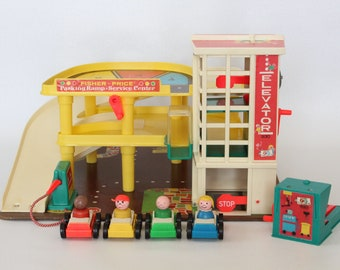 Fisher Price Little People, #930 Play Family Action Garage, 1970-1985, Made in U.S.A. Parking Ramp - Service Center