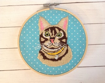 "Embroidered Hoop Art "" Cat"". Cat lover gift."