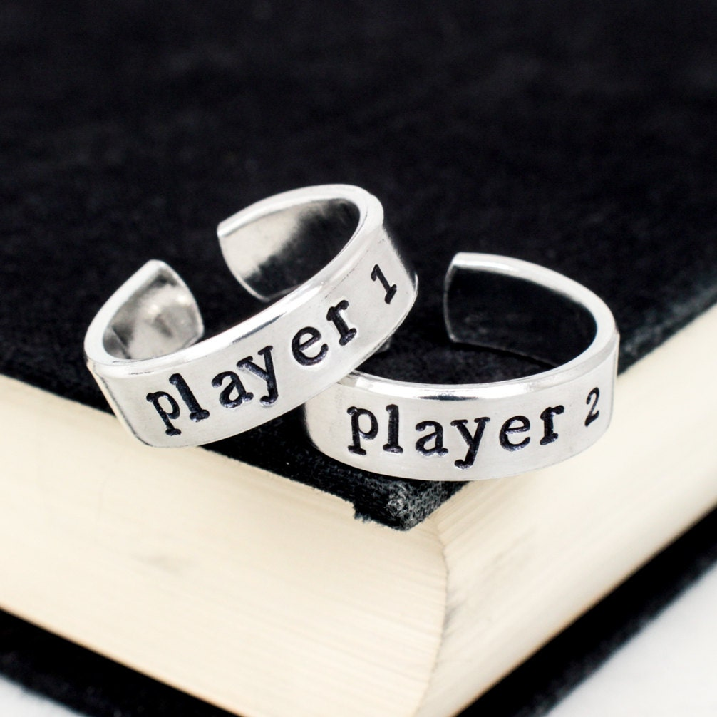 zoom - Gamer Wedding Rings