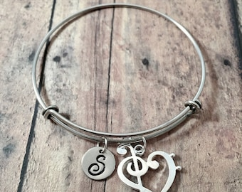 Treble & bass clef heart initial bangle - treble clef jewelry, music jewelry, gift for musician, treble clef pendant, band jewelry