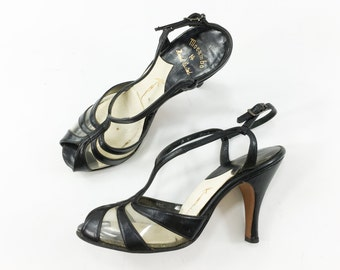 50s Size 6 Black Strappy Heels | Plastic & Leather T-Strap Heels | Kimel California
