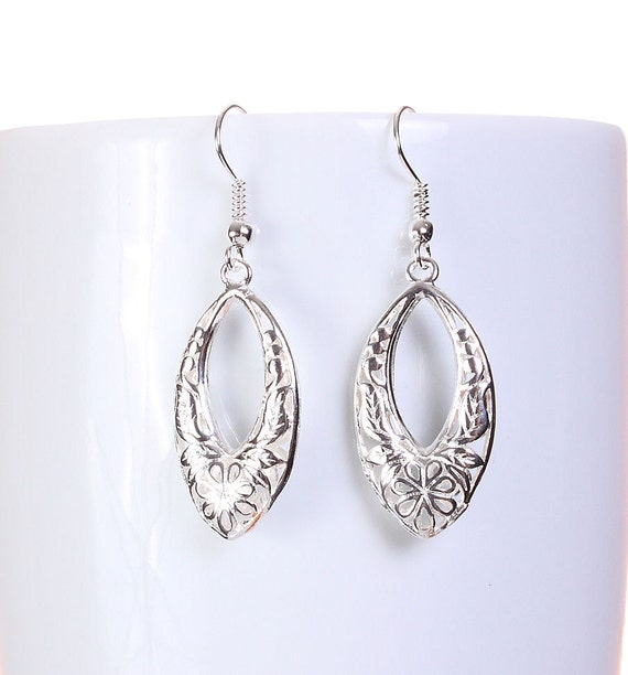 Sale Clearance 20% OFF - Silver tone hollow drop oval filigree dangle earrings (589)