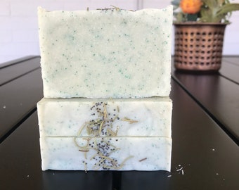 Rosemary Mint Soap / Cold Process Soap / Handmade Soap / Natural Soap / Bar Soap / Vegan Soap