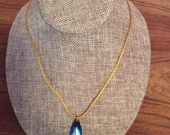Blue teardrop pendant necklace, teardrop, pendant, necklace, swarovski, Made in Canada, Laska Boutique, jewelry, jewellery, handmade