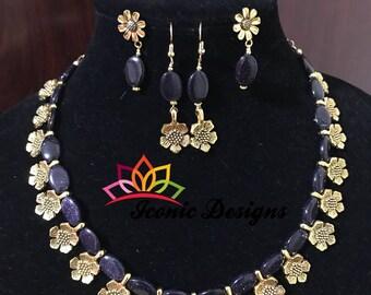 Blue Sandstone Floral Necklace