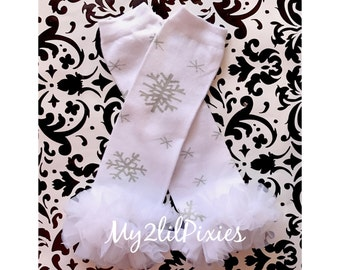 ready to ship- Snowflake Leg warmers, white leg warmers Holiday Leg warmers,  Baby Girl Leg warmers-, Ruffle Leg warmers,Christmas