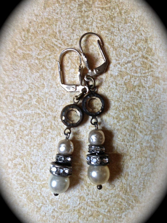 Bridal Earrings with  Pearl Dangle Rhinestone Handmade