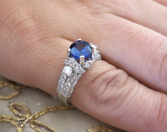14K Salon sapphire and diamonds white gold ring.
