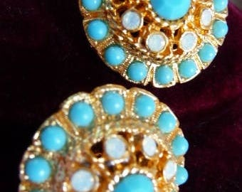 vintage Sarah Coventry clip earrings | faux opal turquoise | blue white gold | Mughal style India | Age of Aquarius