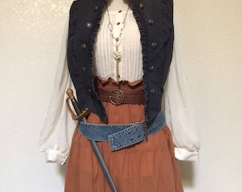 XL Adult Steampunk Pirate Halloween Costume Including Jewelry & Accessories - Extra Large