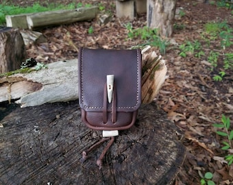 Leather Bushcraft Belt Pouch Version I Traditional Handcrafted Hand Stitched Kodiak Leather