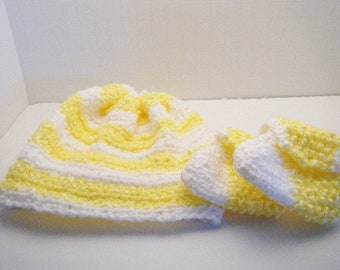 Baby Hat and Booties - Knitted Baby Booties - Crocheted Hat - Baby Shoes - Yellow and White