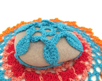 Blue-Turquoise Lace Stone made in Italy, Crochet covered stone, Paperweight, Home Decor, Beach wedding, favor box, wedding favor