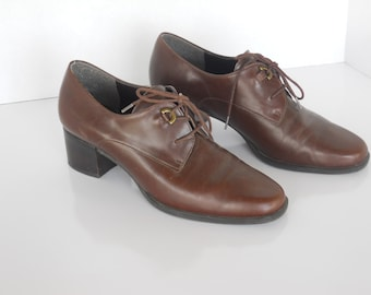 Vintage Dark Brown Leather Lace Up Tie Closed Toe Chunky Bandolino Shoes Womens shoes Size 7.5