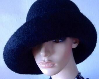 Wool Cloche Hat, Felted Hat for Women, Wide Brim Hat, Handmade Felted Hat, Womens Winter Felt Hat, Black Cloche, Women's Winter Warm Hat