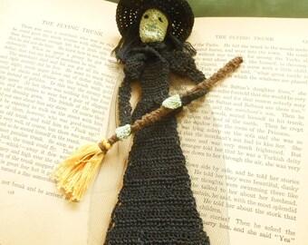 thread crochet pattern, wicked witch bookmark/decoration, wizard of oz diy, unique bookmark DIY, home decor DIY, halloween wreath DIY