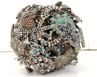 CUSTOM ELEGANT Vintage Bridal Brooch Bouquet - to fit your style, budget & colors - plus lifetime guarantee