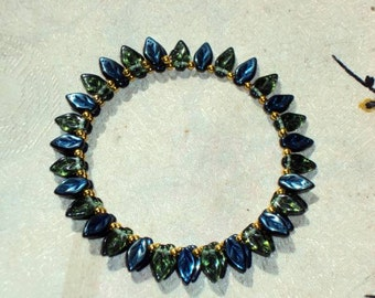 METALLIC TEAL GREEN Glass Leaves - Beaded Memory Wire Wrap Bracelet