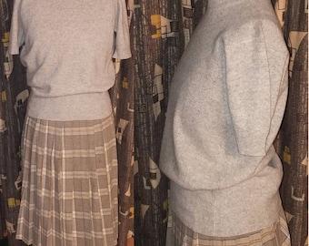 Vintage 1950's Sweater Kitten 50's Light Grey Cashmere Pin Up Soft Short Sleeve Office Wear Womens Sweater - L