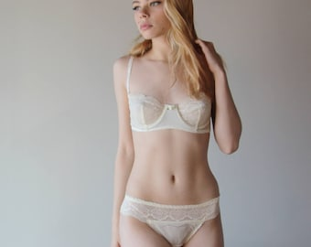 womens lingerie set including underwire bra and lace trimmed panties - ready to ship - size Small - color ivory