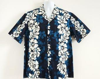 Vintage 1970s Mens Hawaiian Shirt Size Large-XL Chest 46 Royal Creations Cotton Button Front Hawaiian Shirt Retro Tiki Beach Resort Wear VGC