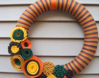 Fall Wreath - Autumn Wreath - Yarn Wreath -  Green, Orange, Yellow & Tan Yarn Wreath w/ Felt Flowers - Fall Felt Wreath - Felt Wreath
