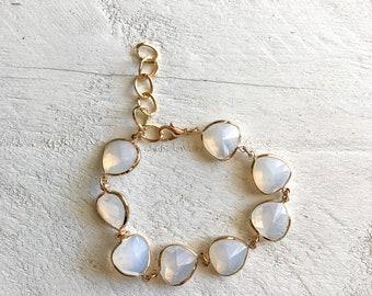 White and Gold Transparent Gem Charm Bracelet, Charm Bracelet, Chain Bracelet, Wedding Bracelet, Minimalist Bracelet, Beach Bracelet