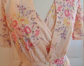 Vintage 1940s Pink Floral Satin Nightgown & Robe // Peignoir Set // Old Hollywood Glamour // Gorgeous Flower Print // Keyloun 5th Ave.