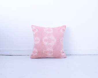 Pillows with dyed - shibori - pink - hemp - pillow decoration 40 X 40 cm - unique piece - boho - handmade in France