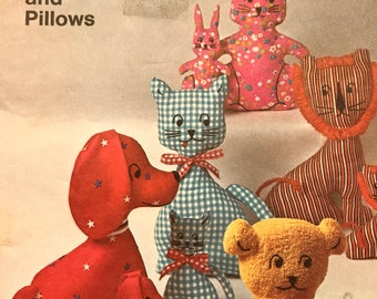 Adorable Pattern for Stuffed Animals or Pillows---Simplicity 9098---Small and Large