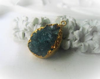 Emerald Druzy Pendant Green Teardrop Pendant Drusy Pendant May Birthstone Item No. 4420-0587-13-0263