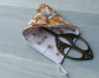 Scissor Keeper sewn fabric case Foxes, Owls, Hedgehogs Woodland  Rosegold scissors holder for embroidery scissors yarn knitting crochet