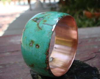 Copper Bangle.  Turquise with marble inlaid.