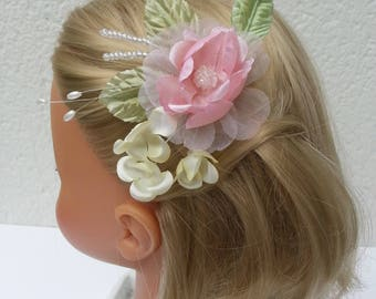 Flower haircomb in pastel shades