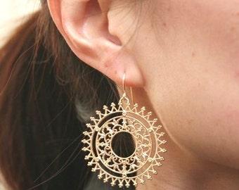 Gold Filigree Earrings. Gold Circle Earrings. Large Gold Earrings.Statement Earrings.Minimalist.Simple Gold Earrings.Delicate. Dainty. Cute.