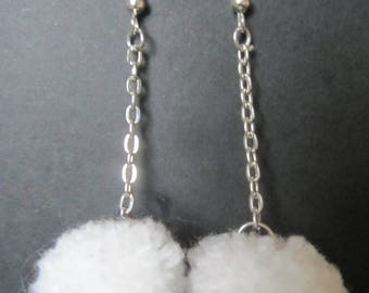 Earrings tassel for pierced ears
