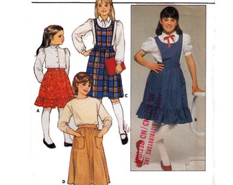 """Pinafore Sewing Pattern Converts to Skirt 70s UNCUT Sizes 7 8 10 Breast 26-28.5"""" (5o- 56 cm) Butterick 6647 S"""
