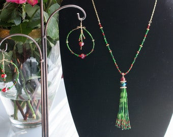 Jewelry set (necklace and earrings)