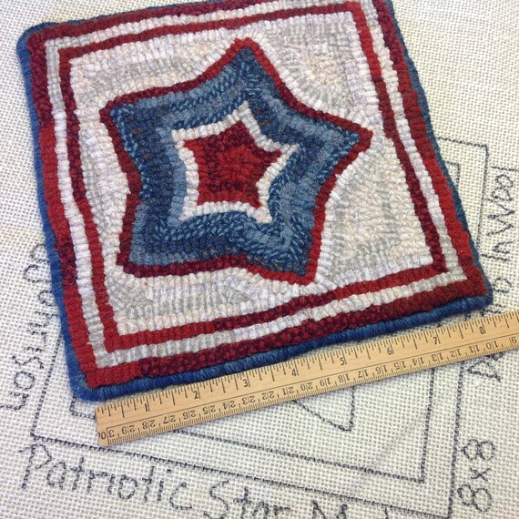 "Rug Hooking PATTERN, Patriotic Star Mat, 8"" x 8"", P124, DIY 4th of July, Red, White and Blue, Table Mat, Coffee Trivet, Tea Trivet"