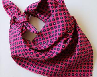 Linen Neckerchief, bandana. Pink & navy blue millefiori.