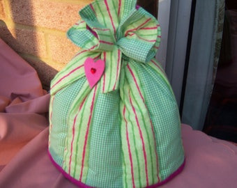 Tea cosy with a difference