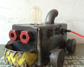 PANZER lamp//Industrial//handmade//design//stile iron//Edison bulb//Fabric Cable