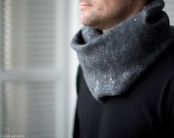 Gray scarf | Felted unisex infinity scarf | Minimalist tube shawl |Wool felt cowl | Muffler gift for her him | Neck warmer gaiter