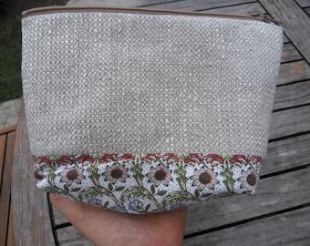 MAKEUP bag in natural linen