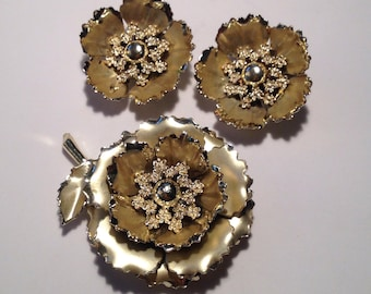 Beautiful Coro Pin and Earings