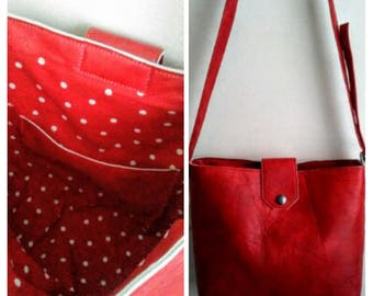 Lined in leather handbag