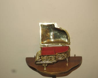 Vintage Baby Grand Piano Jewelry Box w/ free ship