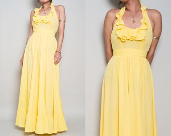 1970s// Yellow Terry Cloth Jersey// Ruffle Halter Pool Maxi// XS