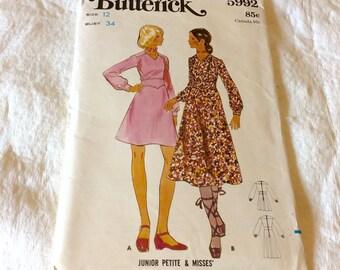 Vintage 1970s butterick size 12 one piece dress.